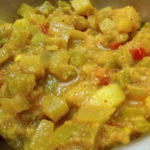 POTLAKAYA SORAKAYA BANGALADUMPA KURA – SNAKE GOURD BOTTLE GOURD POTATO CURRY