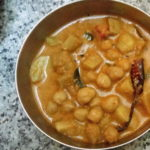 VELUTHA KADALA KOORKA CURRY – CHICKPEAS AND CHINESE POTATO CURRY